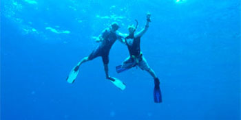 Take the PADI Assistant Diver Course